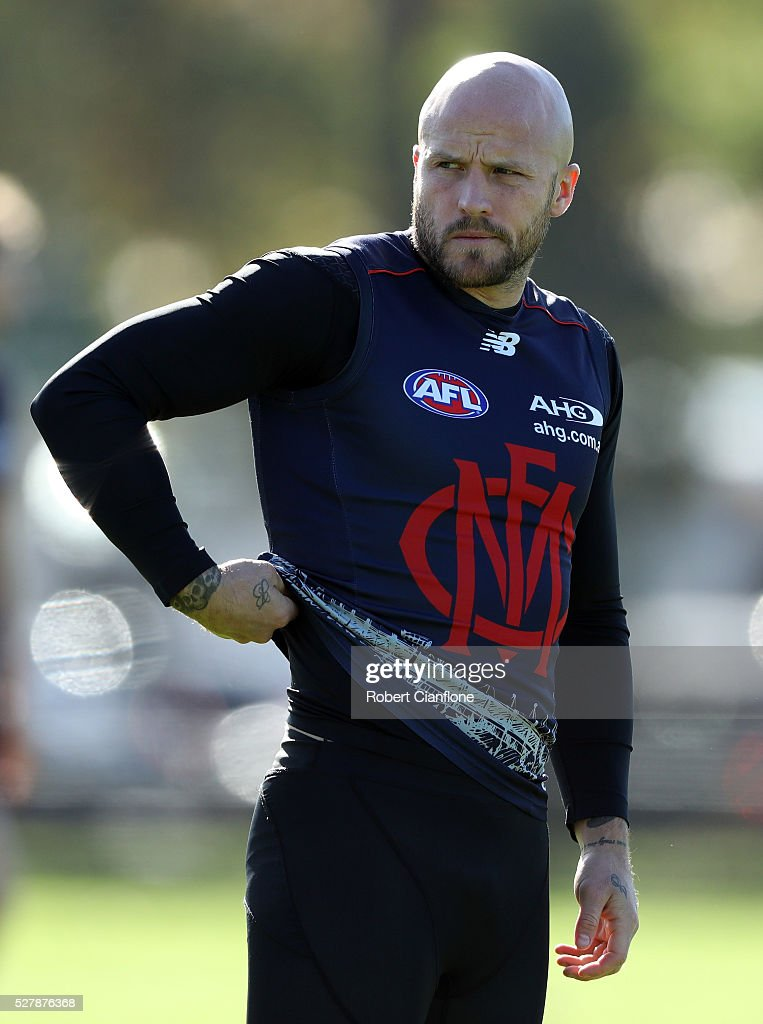 <a gi-track='captionPersonalityLinkClicked' href=/galleries/search?phrase=Nathan+Jones+-+Australian+Rules+Football+Player&family=editorial&specificpeople=14648397 ng-click='$event.stopPropagation()'>Nathan Jones</a> of the Demons looks on during a Melbourne Demons AFL training session at Goschs Paddock on May 4, 2016 in Melbourne, Australia.
