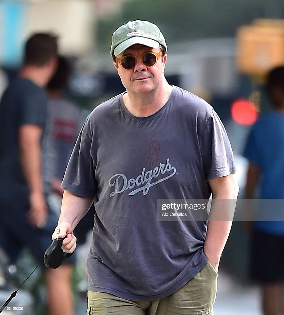 <a gi-track='captionPersonalityLinkClicked' href=/galleries/search?phrase=Nathan+Lane&family=editorial&specificpeople=209367 ng-click='$event.stopPropagation()'>Nathan Lane</a> is seen in Tribeca on August 10, 2014 in New York City.