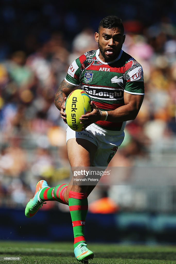 <a gi-track='captionPersonalityLinkClicked' href=/galleries/search?phrase=Nathan+Merritt&family=editorial&specificpeople=563463 ng-click='$event.stopPropagation()'>Nathan Merritt</a> of the Rabbitohs makes a break during the quarter final match between the South Sydney Rabbitohs and the New zealand Warriors in the Auckland NRL Nines at Eden Park on February 16, 2014 in Auckland, New Zealand.