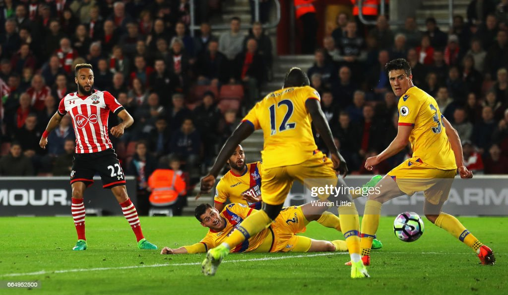 Nathan Redmond of Southampton scores his sides first goal during the Premier League match between Southampton and Crystal Palace at St Mary's Stadium on April 5, 2017 in Southampton, England.