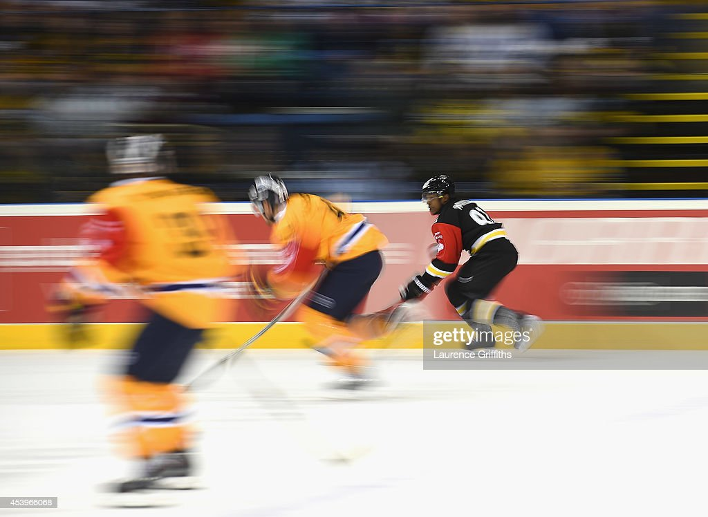 <a gi-track='captionPersonalityLinkClicked' href=/galleries/search?phrase=Nathan+Robinson&family=editorial&specificpeople=235450 ng-click='$event.stopPropagation()'>Nathan Robinson</a> of Nottingham Panthers in action during the Champions Hockey League group stage game between Nottingham Panthers and Lukko Rauma on August 22, 2014 in Nottingham, England.