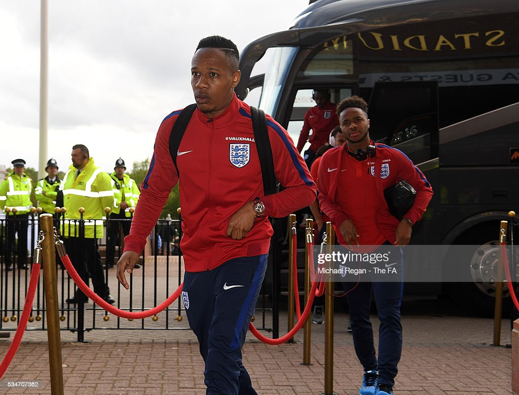 <a gi-track='captionPersonalityLinkClicked' href=/galleries/search?phrase=Nathaniel+Clyne&family=editorial&specificpeople=5738873 ng-click='$event.stopPropagation()'>Nathaniel Clyne</a> of England arrives at the ground ahead of the International Friendly match between England and Australia at Stadium of Light on May 27, 2016 in Sunderland, England.