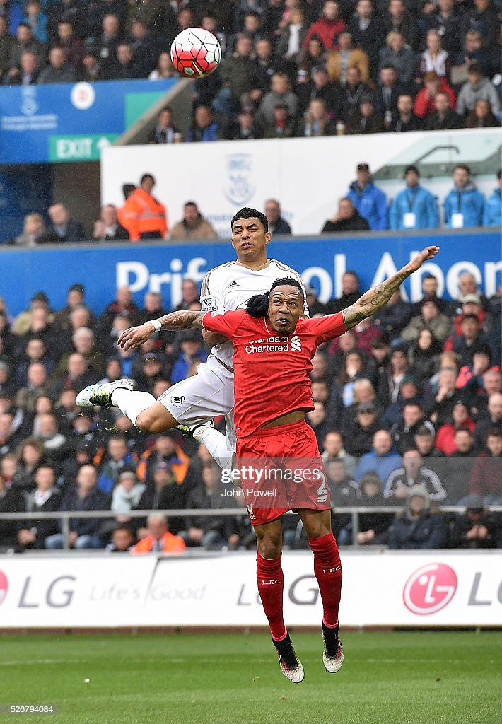 <a gi-track='captionPersonalityLinkClicked' href=/galleries/search?phrase=Nathaniel+Clyne&family=editorial&specificpeople=5738873 ng-click='$event.stopPropagation()'>Nathaniel Clyne</a> of Liverpool defends during a Premier League match between Swansea City and Liverpool at the Liberty Stadium on May 01, 2016 in Swansea, Wales.