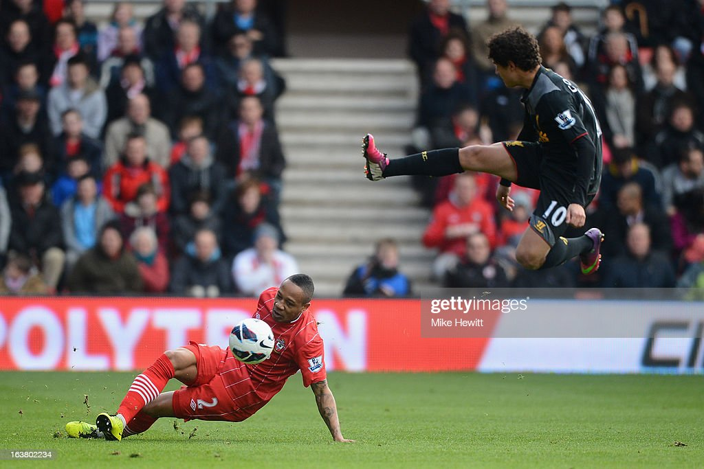 <a gi-track='captionPersonalityLinkClicked' href=/galleries/search?phrase=Nathaniel+Clyne&family=editorial&specificpeople=5738873 ng-click='$event.stopPropagation()'>Nathaniel Clyne</a> of Southampton is challenged by <a gi-track='captionPersonalityLinkClicked' href=/galleries/search?phrase=Philippe+Coutinho&family=editorial&specificpeople=6735575 ng-click='$event.stopPropagation()'>Philippe Coutinho</a> of Liverpool during the Barclays Premier League match between Southampton and Liverpool at St Mary's Stadium on March 16, 2013 in Southampton, England.