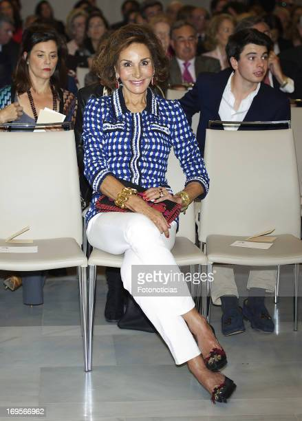 Nati Abascal attends the launch of 'Enrique Ponce Un Torero Para La Historia' at the Club Siglo XXI on May 27 2013 in Madrid Spain