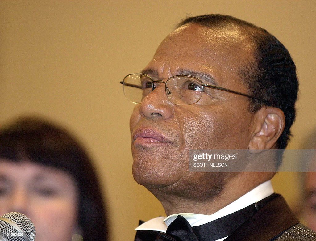 Nation of Islam leader Louis Farrakhan takes questions at a press conference following his 13 February, 2002 violin recital entitled 'A Night of Beethoven: A Musical Tribute to Humanity' in Cerritos, California.