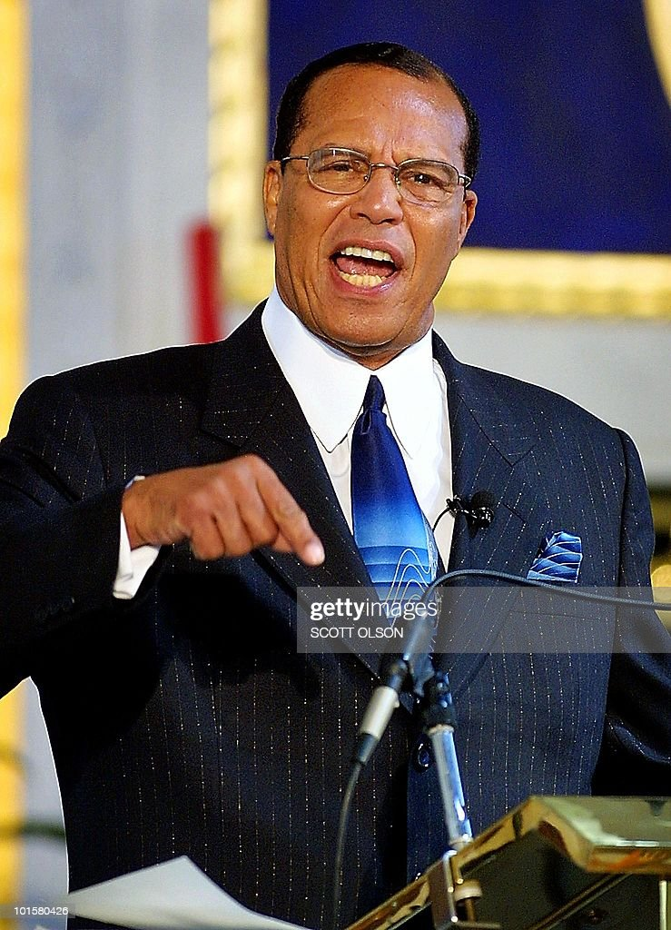 Nation of Islam Minister Louis Farrakhan addresses his congregation at the Mosque Maryam in Chicago 16 September 2001 to denounce recent terrorist attacks in the US. During the service Farrakhan also expressed concern about US citizens striking out in anger against all Muslims. AFP PHOTO/Scott OLSON