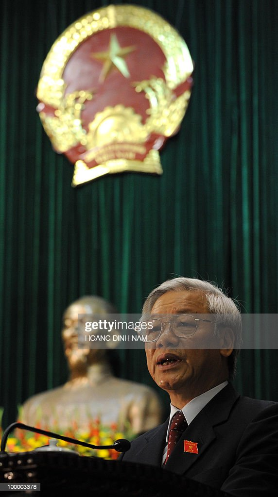 National Assembly Chairman Nguyen Phu Trong delivers the opening speech for the National Assembly summer session in Hanoi on May 20, 2010. Vietnam's communist-dominated legislature is to consider adopting a 'more humanitarian' method of executing criminals, at its month-long session, according to an official document. AFP PHOTO/HOANG DINH Nam