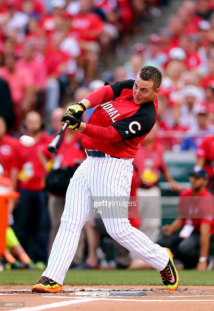 National League AllStar Anthony Rizzo of the Chicago Cubs bats during the Gillette Home Run Derby presented by Head Shoulders at the Great American...