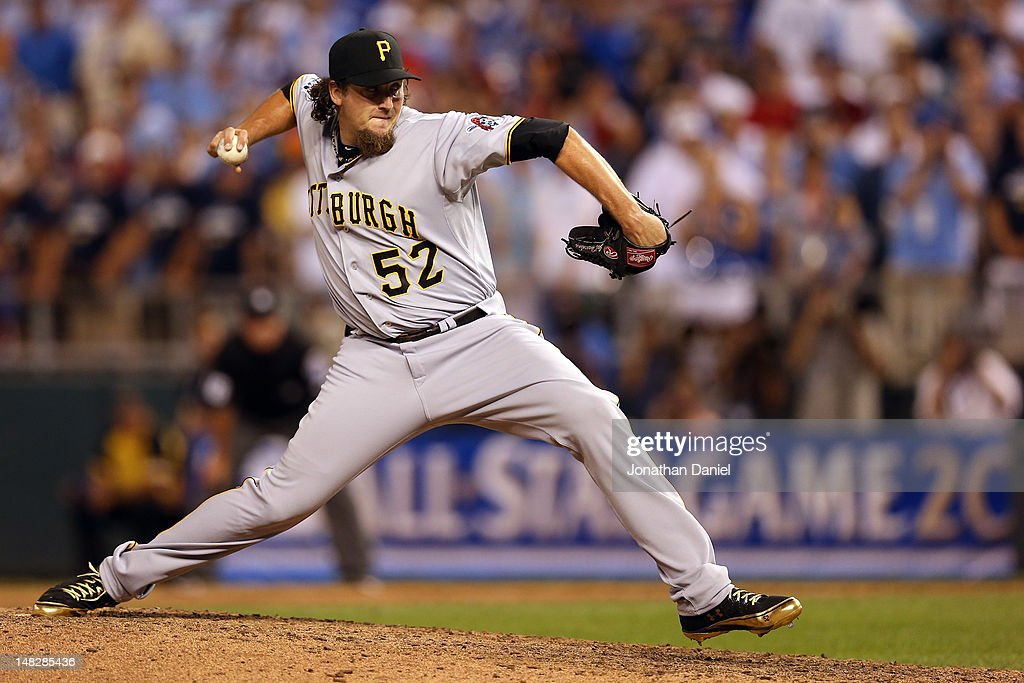 National League AllStar Joel Hanrahan of the Pittsburgh Pirates pitches in the ninth inning during the 83rd MLB AllStar Game at Kauffman Stadium on...