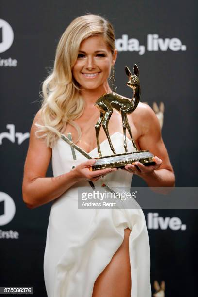 'National Music' Award Winner Helene Fischer poses with award at the Bambi Awards 2017 winners board at Stage Theater on November 16 2017 in Berlin...