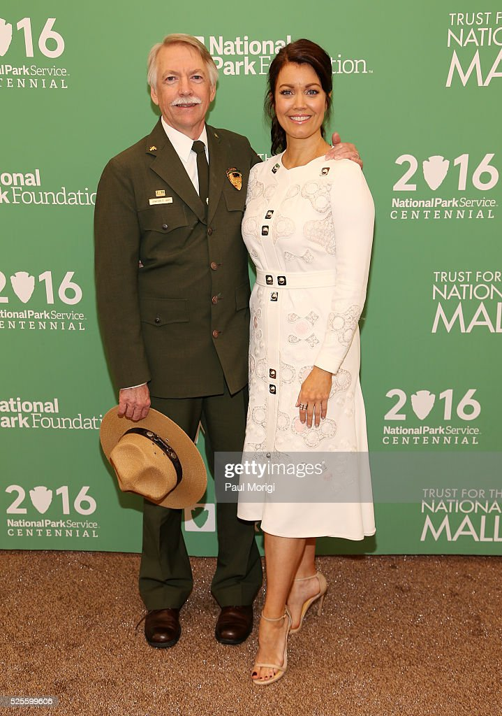 National Park Service Director Jonathan B. Jarvis and actress <a gi-track='captionPersonalityLinkClicked' href=/galleries/search?phrase=Bellamy+Young&family=editorial&specificpeople=4135230 ng-click='$event.stopPropagation()'>Bellamy Young</a> pose for a photo at the Trust for the National Mall's Ninth Annual Benefit Luncheon in West Potomac Park on April 28, 2016 in Washington, DC.