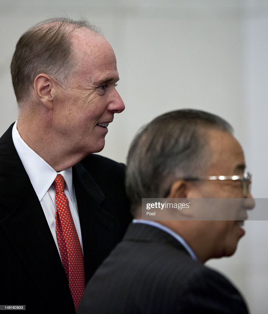 U.S. National Security Advisor Tom Donilon (L), and Chinese State Councilor Dai Bingguo, stand together during their meeting at the Diaoyutai State Guesthouse on July 24, 2012 in Beijing, China. The two are expected to discuss a range of international issues, including Syria, Iran and N. Korea.