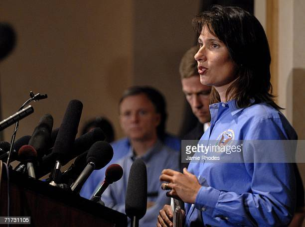 National Transportation Safety Board spokesperson Debbie Hersman updates the media about the investigation of the Comair Flight 5191 crash during a...