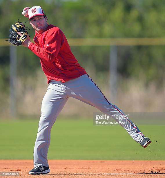 Nationals 2nd baseman Daniel Murphy throws to first base during the Washington Nationals start of their first day of fullsquad spring training camp...