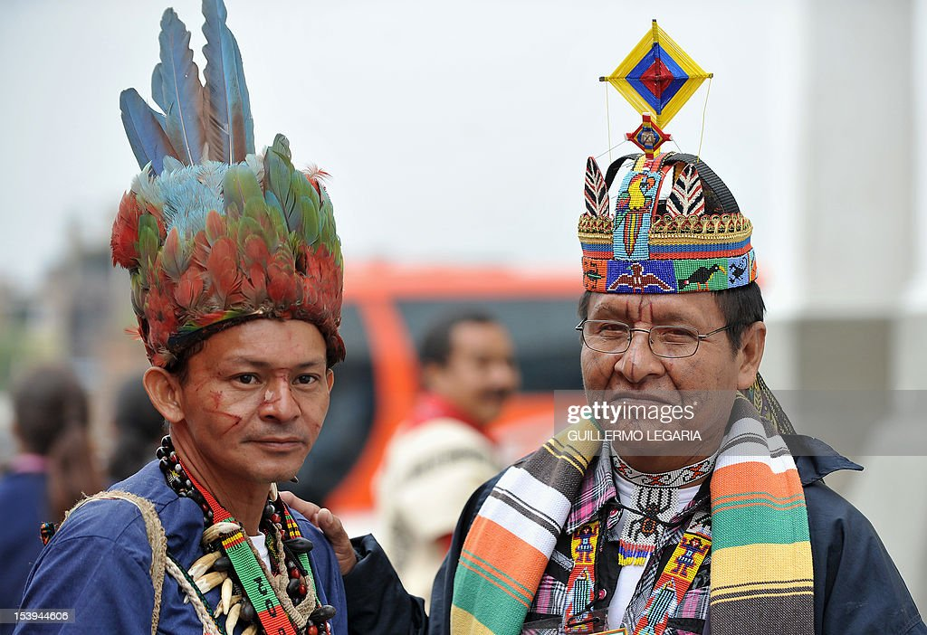 Natives take part in the 8th National Congress of Indigenous Peoples on October 11, 2012, in Bosa, in southern Bogota. More than 5,000 natives gathered in Bogota for four days will announce their Peace Proposal about the peace process between the government and the FARC, which starts on October 17 in Oslo, Norway. AFP PHOTO/Guillermo LEGARIA