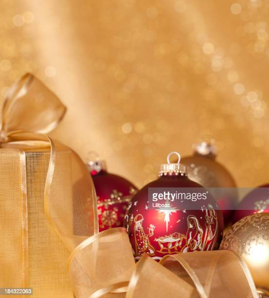 Crèche de Noël ornements et bougies de Noël