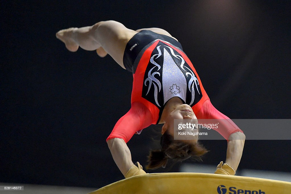 <a gi-track='captionPersonalityLinkClicked' href=/galleries/search?phrase=Natsumi+Sasada&family=editorial&specificpeople=5663250 ng-click='$event.stopPropagation()'>Natsumi Sasada</a> competes in the Horse Vault during the Artistic Gymnastics NHK Trophy at Yoyogi National Gymnasium on May 4, 2016 in Tokyo, Japan.