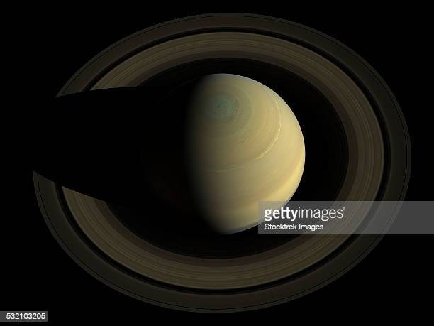 Natural color mosaic of planet Saturn and its main rings.