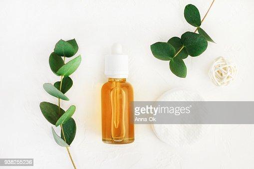 蜂蜜とユーカリの香りと自然の手作り化粧品 : ストックフォト