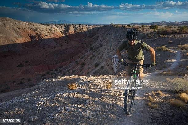 nature paysage de sport homme aventure au Nouveau-Mexique