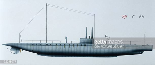 Naval ships British Royal Navy submarine HMS S1 1914 Color illustration