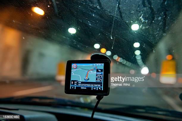 navigation device on windshield
