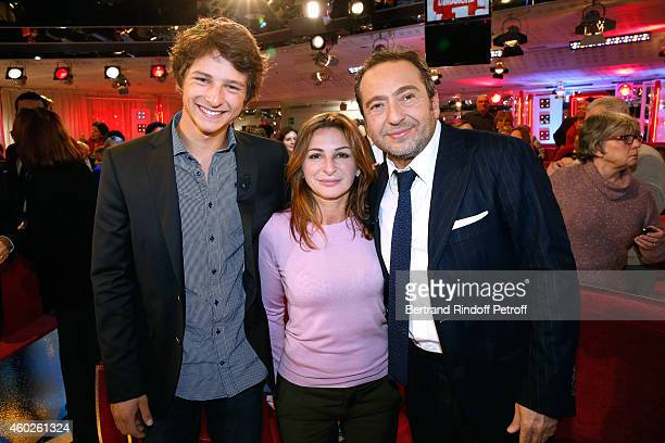 Navigator Paul Hignard Sarah Guetta and humorist Patrick Timsit attend the 'Vivement Dimanche' French TV at Pavillon Gabriel on December 10 2014 in...