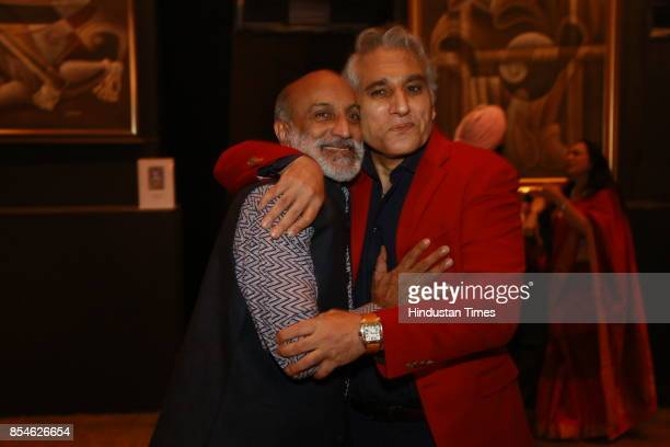 Navin Ansal during an art exhibition organised by veteran artist Satish Gujral on September 22 2017 in New Delhi India At the event artist Satish...
