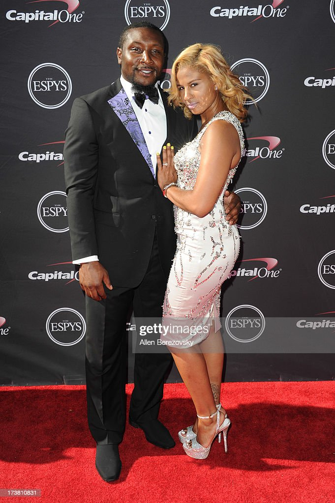 Navorro Bowman and a guest arrive at the 2013 ESPY Awards at Nokia Theatre L.A. Live on July 17, 2013 in Los Angeles, California.