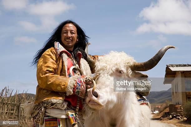 Naxi man with Yak