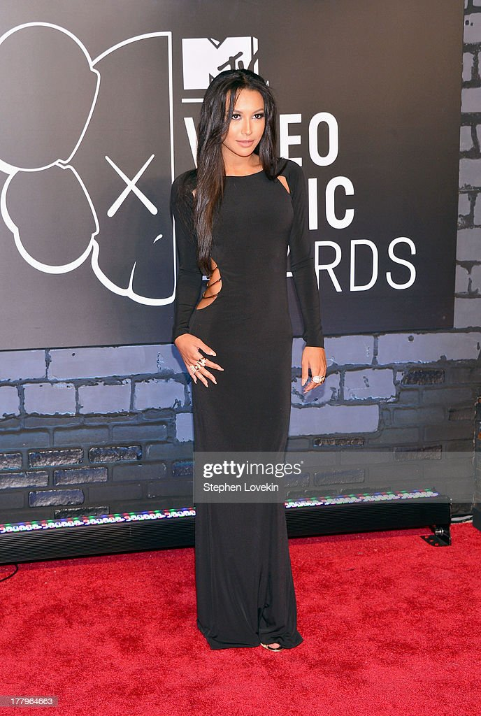 <a gi-track='captionPersonalityLinkClicked' href=/galleries/search?phrase=Naya+Rivera&family=editorial&specificpeople=5745696 ng-click='$event.stopPropagation()'>Naya Rivera</a> attends the 2013 MTV Video Music Awards at the Barclays Center on August 25, 2013 in the Brooklyn borough of New York City.