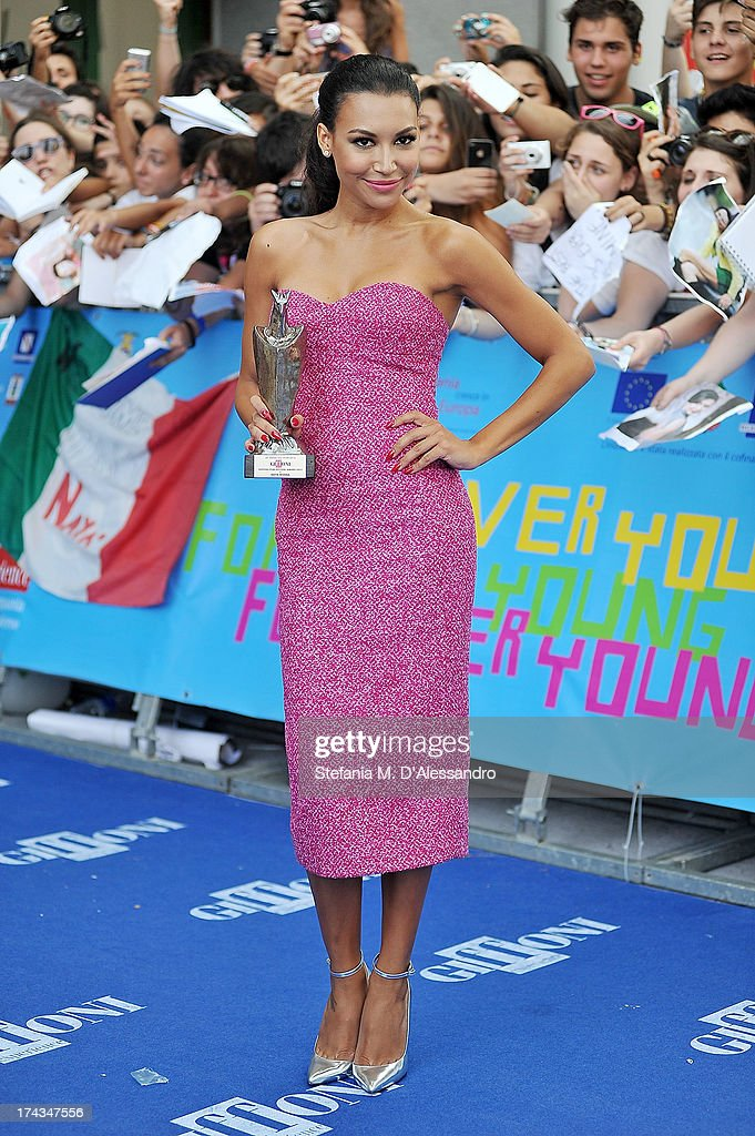 <a gi-track='captionPersonalityLinkClicked' href=/galleries/search?phrase=Naya+Rivera&family=editorial&specificpeople=5745696 ng-click='$event.stopPropagation()'>Naya Rivera</a> poses with the Giffoni Award during 2013 Giffoni Film Festival on July 24, 2013 in Giffoni Valle Piana, Italy.