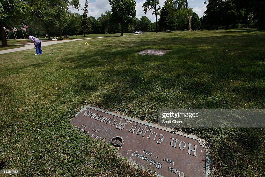 Naykysha Morgan Looks For The Grave Of Her Uncle Near Nation