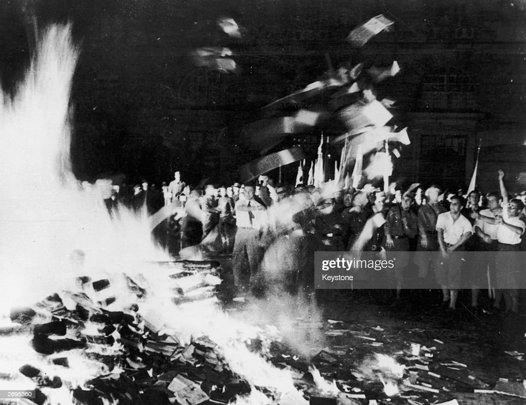 burn the books Pastor terry jones's plan to burn 200 copies of the qur'an in florida was widely condemned but the unique symbolism of book-burning has a long and sinister history.