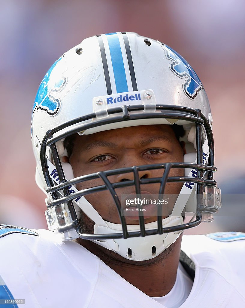 <a gi-track='captionPersonalityLinkClicked' href=/galleries/search?phrase=Ndamukong+Suh&family=editorial&specificpeople=5545543 ng-click='$event.stopPropagation()'>Ndamukong Suh</a> #90 of the Detroit Lions warms up before their game against the San Francisco 49ers at Candlestick Park on September 16, 2012 in San Francisco, California.