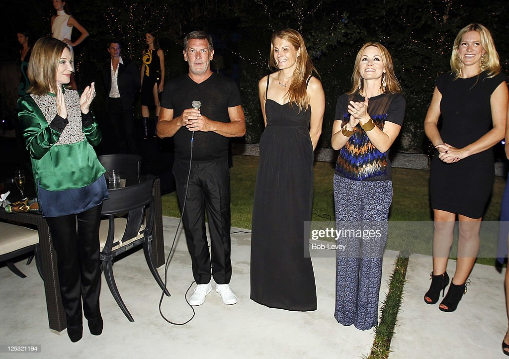 Neal Hamil (2nd L) along with Vogue's Anne Vincent and Lucinda Loya and Jessica Giesen of Versace, introduces <a gi-track='captionPersonalityLinkClicked' href=/galleries/search?phrase=Becca+Cason+Thrash&family=editorial&specificpeople=558301 ng-click='$event.stopPropagation()'>Becca Cason Thrash</a> (L) as 2011 Houston Fashion Week 'Style Icon' at the Vogue And Versace Celebrate The 2011 Fall/Winter Collection At The Home Of Lucinda Loya on September 15, 2011 in Houston, Texas.