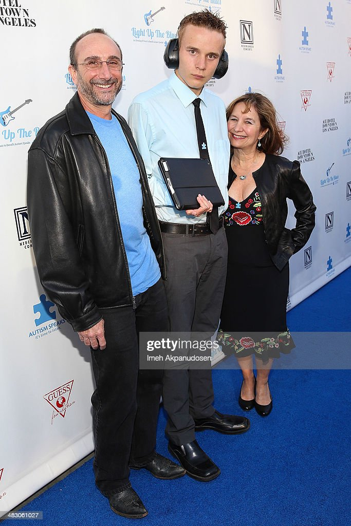 Neal Katz (C) and parents attend the 2nd Light Up The Blues Concert - An Evening Of Music To Benefit Autism Speaks at The Theatre At Ace Hotel on April 5, 2014 in Los Angeles, California.