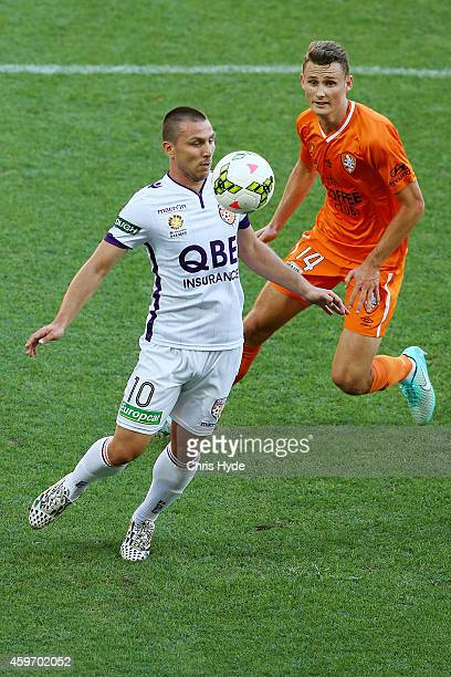 Nebojsa Marinkovic of the Glory controls the ball during the round eight ALeague match between Brisbane Roar and Perth Glory at Suncorp Stadium on...