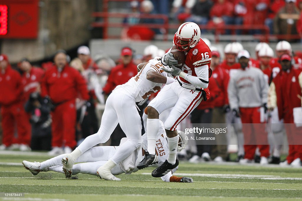 Nebraska receiver Maurice Purify gathers in a pass and runs for a 63-yard touchdown during action between the Texas Longhorns and Nebraska Cornhuskers on October 21, 2006 at Memorial Stadium in Lincoln, Nebraska. Texas won the game 22-20.