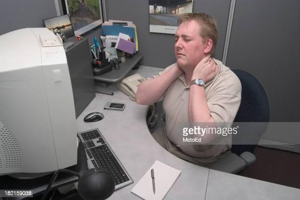 Dolore al collo in ufficio