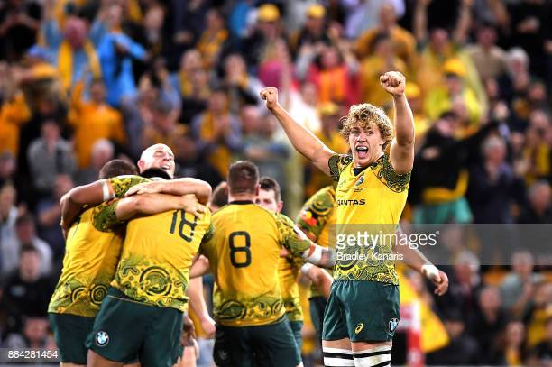 Ned Hanigan of the Wallabies and team mates celebrate victory after the Bledisloe Cup match between the Australian Wallabies and the New Zealand All...