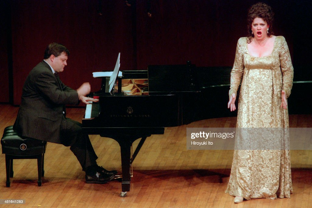 'Ned Rorem Hosts American Songwriters' at 92nd Street Y on Wednesday night May 10 2000This imageDaron Hagen left and Ashley Putman performing Mr...