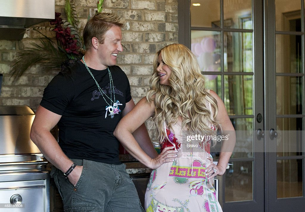 DON'T BE TARDY... -- 'I Need A Man' Episode 307 -- Pictured: (l-r) <a gi-track='captionPersonalityLinkClicked' href=/galleries/search?phrase=Kroy+Biermann&family=editorial&specificpeople=5085129 ng-click='$event.stopPropagation()'>Kroy Biermann</a>, <a gi-track='captionPersonalityLinkClicked' href=/galleries/search?phrase=Kim+Zolciak&family=editorial&specificpeople=5446357 ng-click='$event.stopPropagation()'>Kim Zolciak</a> --