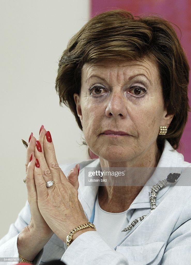 Neelie KROES EUKommissarin für Wettbewerb Niederlande