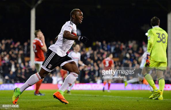 Neeskens Kebano of Fulham celebrates scoring the 3rd Fulham goal during the Sky Bet Championship match between Fulham and Nottingham Forest at Craven...
