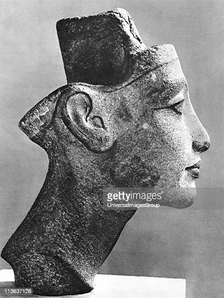 Nefertiti 14th century BC queen consort of Akenaton the heretic pharaoh Sandstone bust Profile