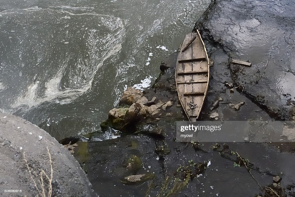 Neglected Boat : Stockfoto