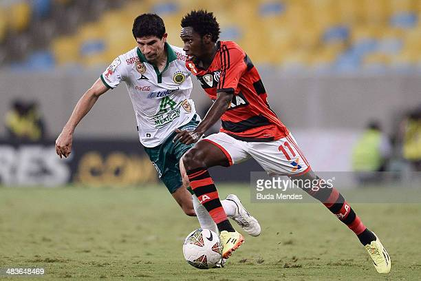 Negueba of Flamengo battles for the ball during a match between Flamengo and Leon as part of Copa Bridgestone Libertadores 2014 at Maracana Stadium...