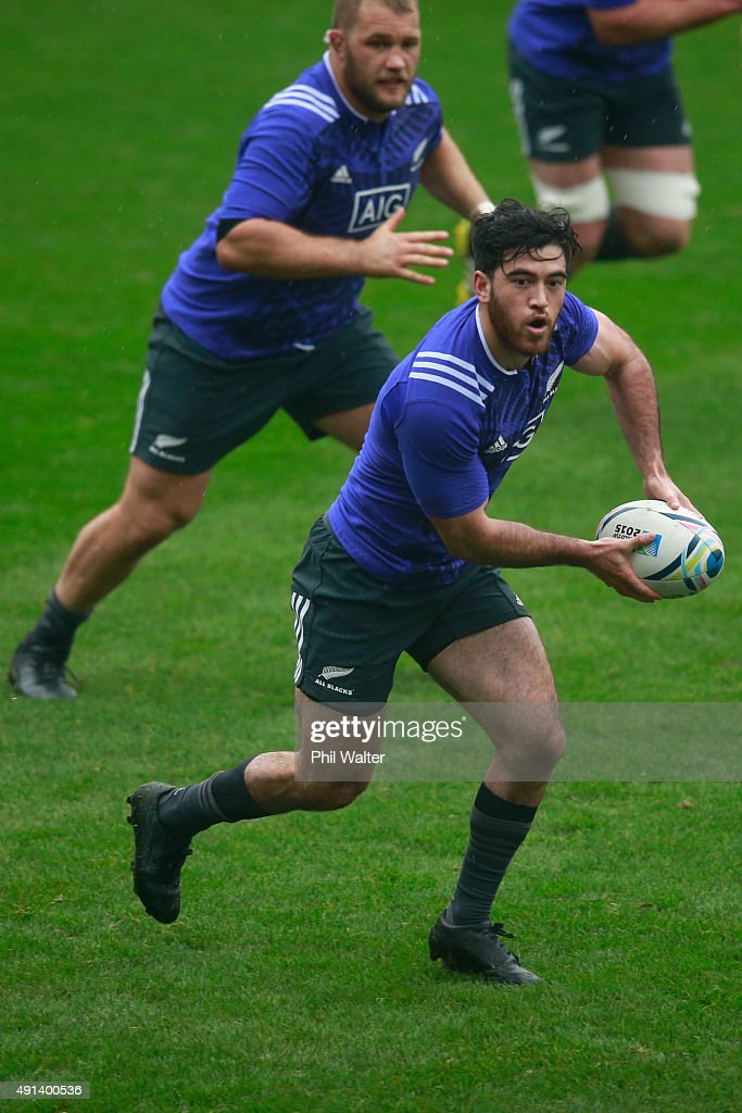 Nehe Milner-Skudder of the All Blacks passes during a New Zealand All Blacks training session at Mowden Park on October 5, 2015 in Darlington, United Kingdom.
